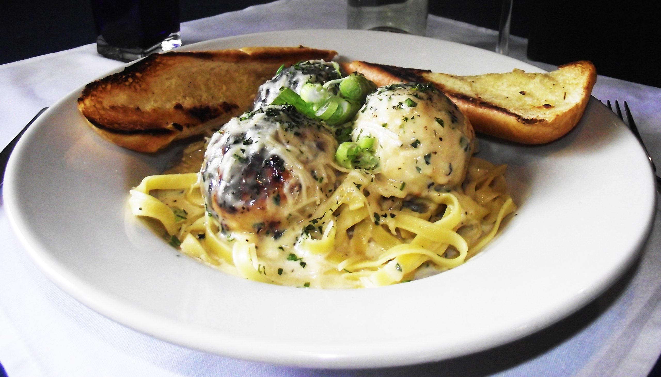 Jake and Telly's Specials - Chicken Meatball Pasta